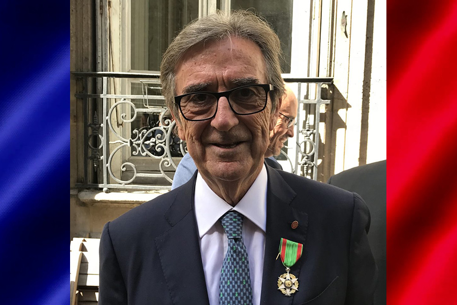 """""""Chevalier de l'Ordre du Mérite Agricole"""" a Riccardo Cotarella"""